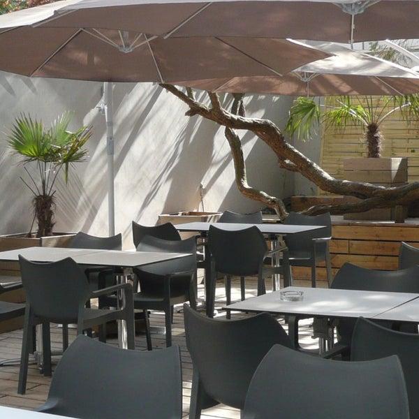 Au Bon Moment French Restaurant In Ixelles