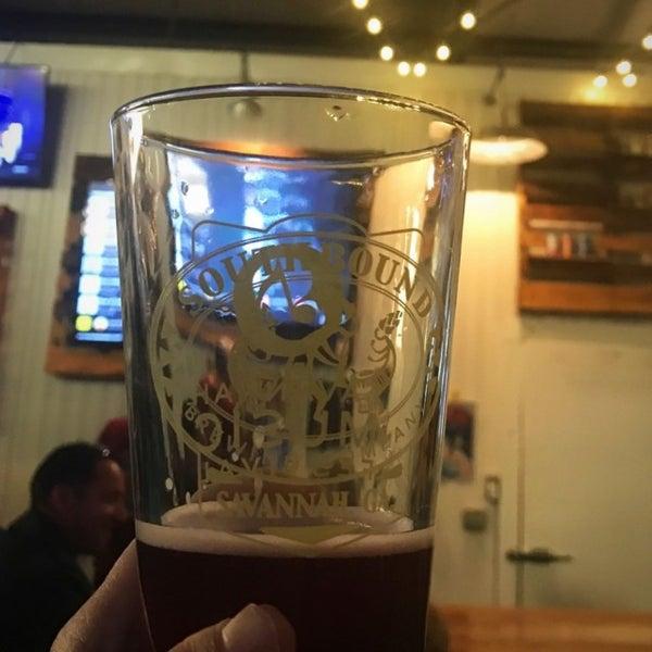 Das Foto wurde bei Southbound Brewing Company von Susan D. am 3/15/2017 aufgenommen