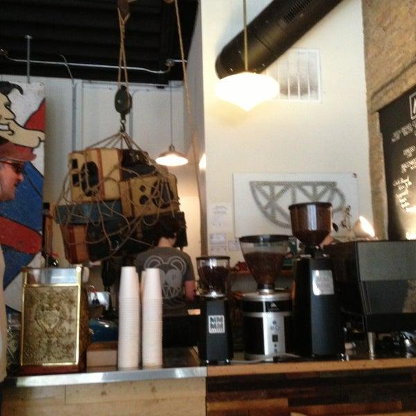 Foto tirada no(a) Bow Truss Coffee por Benny W. em 7/5/2013
