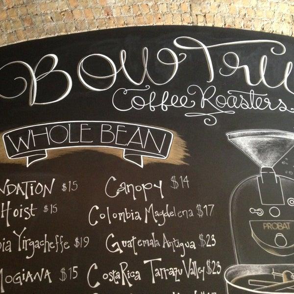 Photo prise au Bow Truss Coffee par Benny W. le7/5/2013