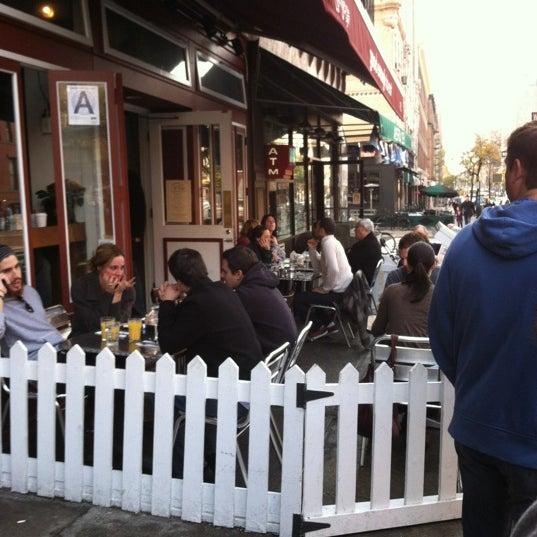 11/11/2012 tarihinde Mitchell A.ziyaretçi tarafından Good Enough to Eat'de çekilen fotoğraf
