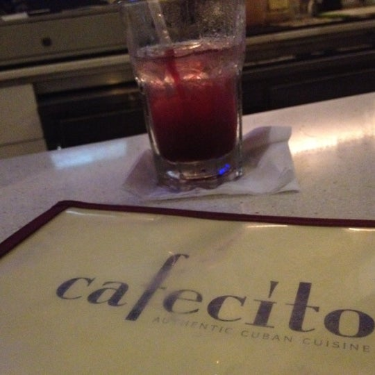 Foto tirada no(a) Cafecito por Mikey B. em 9/18/2012
