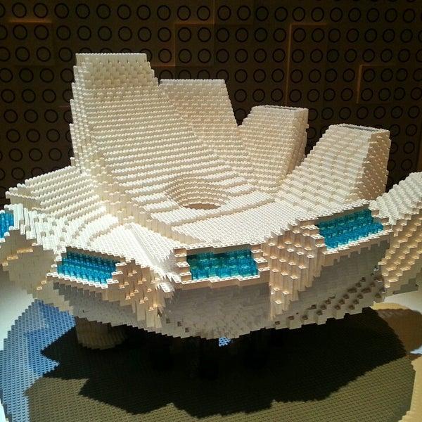 Foto diambil di ArtScience Museum oleh Jonas B. pada 3/5/2013