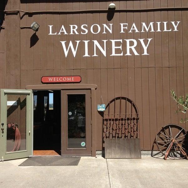 Das Foto wurde bei Larson Family Winery von Kevin W. am 7/7/2013 aufgenommen