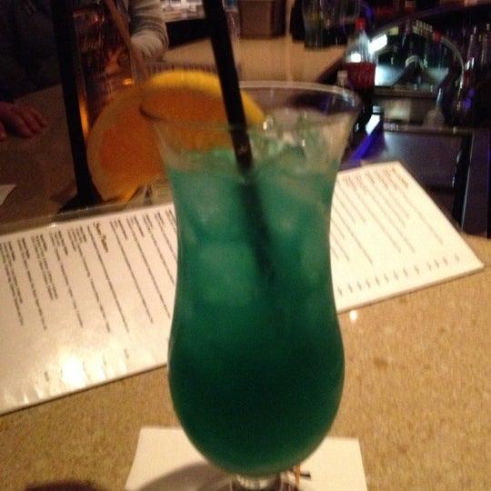 10/7/2012 tarihinde Samantha E.ziyaretçi tarafından Desaki Japanese Restaurant'de çekilen fotoğraf