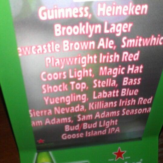 2/17/2013にYssa N.がPlaywright Irish Pubで撮った写真