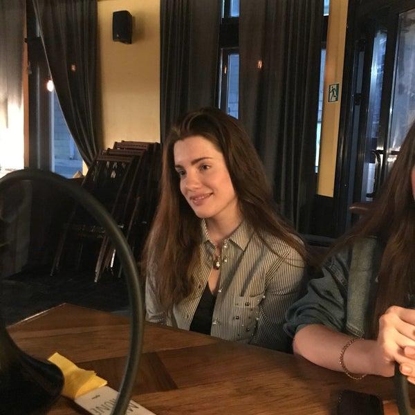 6/4/2018にAnastacia K.がto.be barで撮った写真