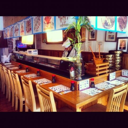 Das Foto wurde bei Hanabi Sushi Bar von Luis A. am 10/11/2012 aufgenommen