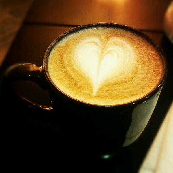 Das Foto wurde bei Kofetárica Café von Jonathan M. am 12/20/2012 aufgenommen