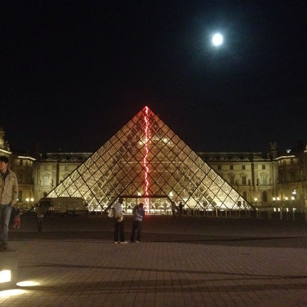 Foto tomada en Le Louvre Ripaille por Dasha S. el 9/9/2014