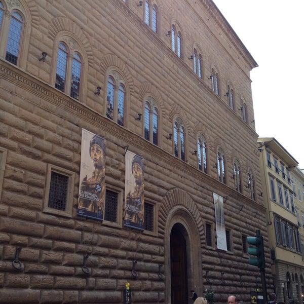 Photo prise au Palazzo Strozzi par Richard Y. le7/24/2013