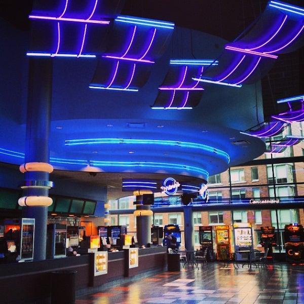 Regal Cinemas Battery Park 11 Movie Theater In New York