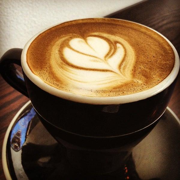 Photo prise au WTF Coffee Lab par Paula I. le3/29/2013