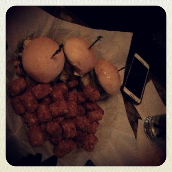 Foto diambil di San Jose Bar & Grill oleh Stephen L. pada 2/2/2013