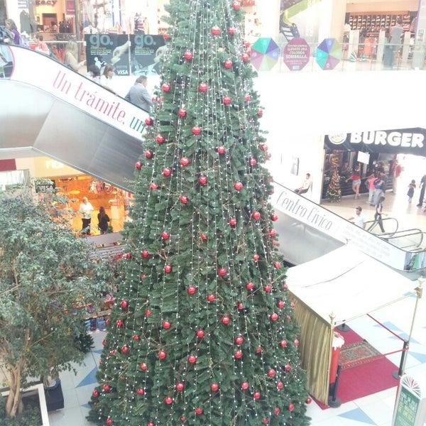 รูปภาพถ่ายที่ Costa Urbana Shopping โดย Agustin N. เมื่อ 12/11/2013