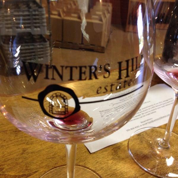 Photo prise au Winter's Hill Estate Vineyard & Winery par Adrienne D. le5/6/2016