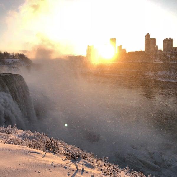 12/27/2017 tarihinde Leianne Kindred P.ziyaretçi tarafından Niagara Falls USA Official Visitor Center'de çekilen fotoğraf
