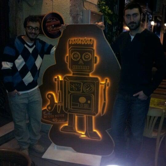 Photo prise au Sardunya's Brasserie Bomonti ve Şarap Evi par Süleyman K. le12/12/2012