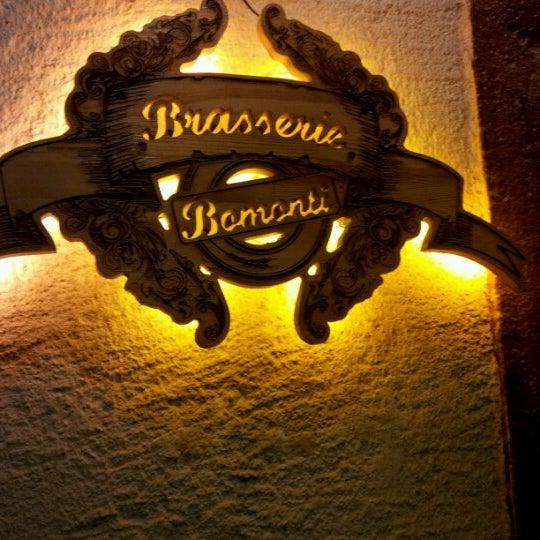 รูปภาพถ่ายที่ Sardunya's Brasserie Bomonti ve Şarap Evi โดย Süleyman K. เมื่อ 2/4/2013