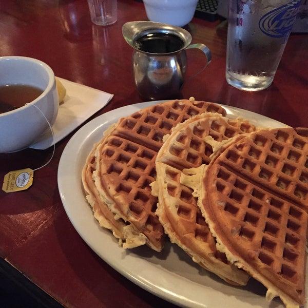 12/6/2014 tarihinde norikoziyaretçi tarafından Good Enough to Eat'de çekilen fotoğraf