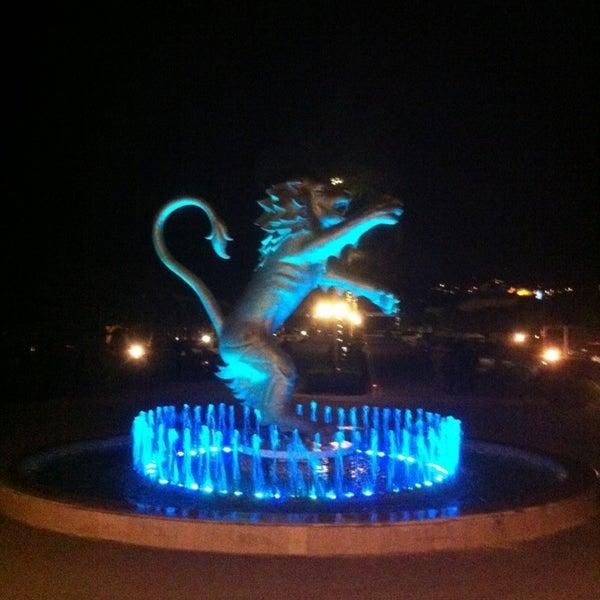 รูปภาพถ่ายที่ Cratos Premium Hotel & Casino โดย Mehmet G. เมื่อ 2/13/2013