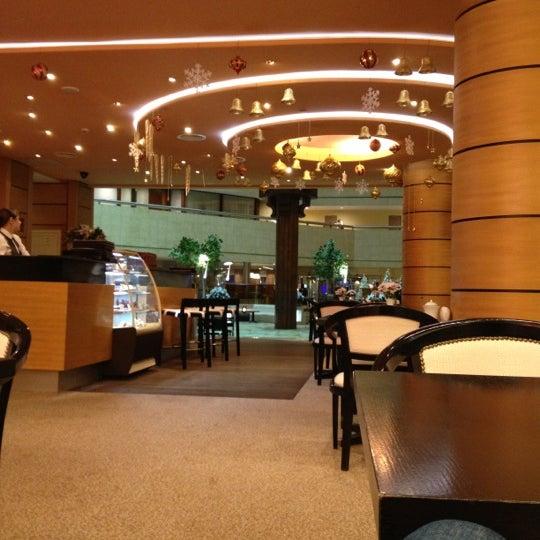Снимок сделан в Crowne Plaza пользователем Arthur B. 12/9/2012