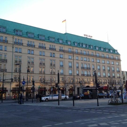 12/6/2012에 Joerg K.님이 Hotel Adlon Kempinski Berlin에서 찍은 사진
