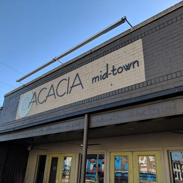 Das Foto wurde bei Acacia Midtown von Michael R. am 2/8/2018 aufgenommen