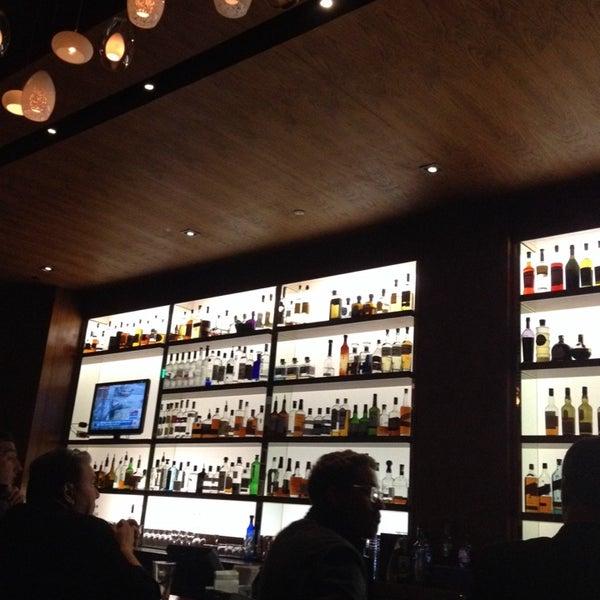Foto diambil di The Corner Office Restaurant & Martini Bar oleh Tim L. pada 10/5/2013