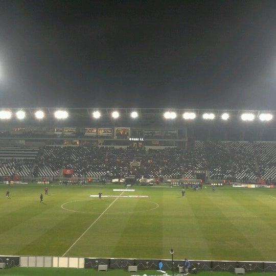 รูปภาพถ่ายที่ Toumba Stadium โดย Lazaros G. เมื่อ 1/24/2013