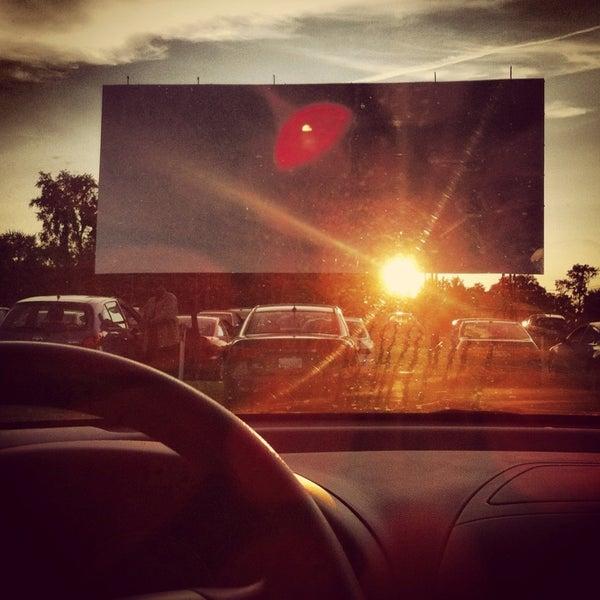 Снимок сделан в Bengies Drive-in Theatre пользователем Dawn S. 8/17/2013