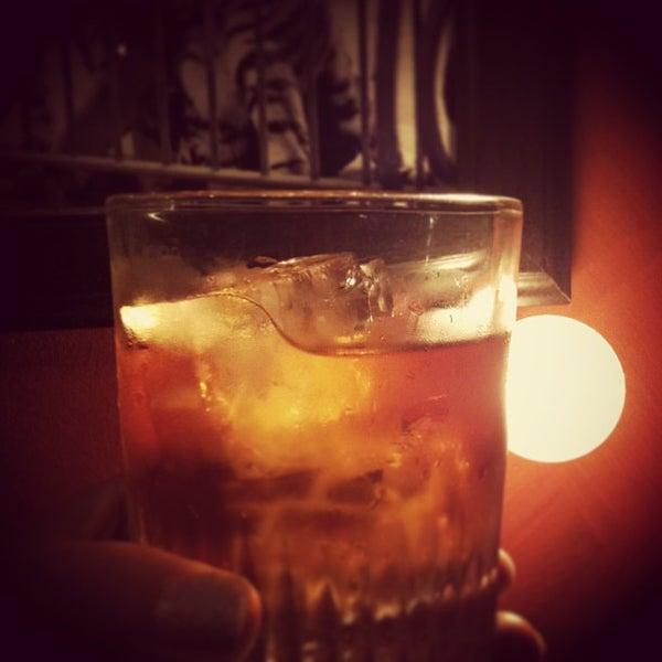 4/20/2013にNom Nom PRがThe Tigress Pubで撮った写真