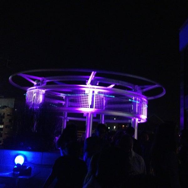 9/8/2013에 Yulduz님이 Beacon Sky Bar에서 찍은 사진
