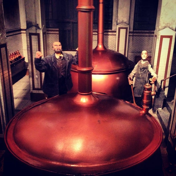 Das Foto wurde bei Heineken Experience von Oleg S. am 2/1/2013 aufgenommen