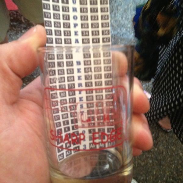 6/30/2013에 Zach E.님이 Sharp Edge Beer Emporium에서 찍은 사진
