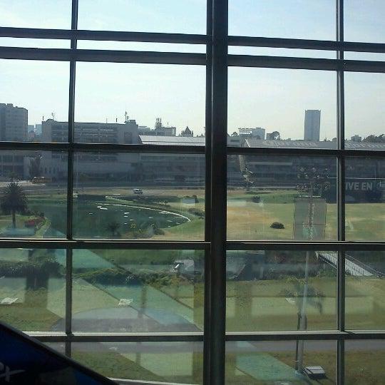 Foto tomada en Centro Banamex por Jordan A. el 10/18/2012