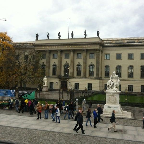 10/27/2013에 Margarita D.님이 Humboldt-Universität zu Berlin에서 찍은 사진