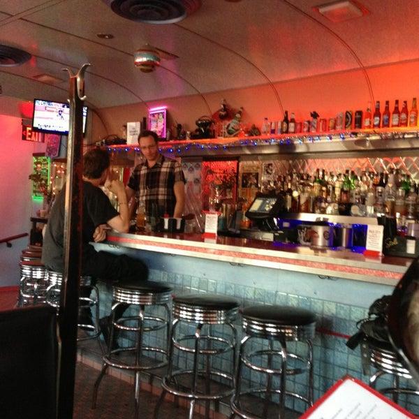 Снимок сделан в Silk City Diner Bar & Lounge пользователем Betsy L. 6/29/2013