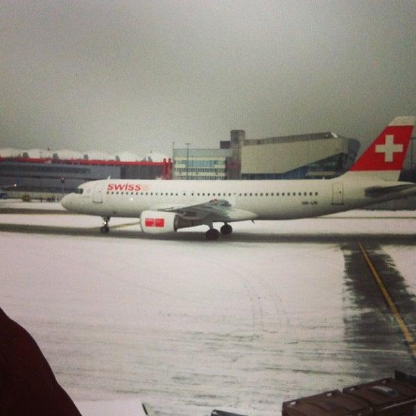 Photo prise au Aéroport de Genève Cointrin (GVA) par Nastia N. le1/19/2013