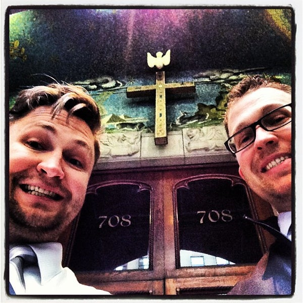 Foto diambil di Fifth Avenue Presbyterian Church oleh Skyler J. pada 5/12/2013