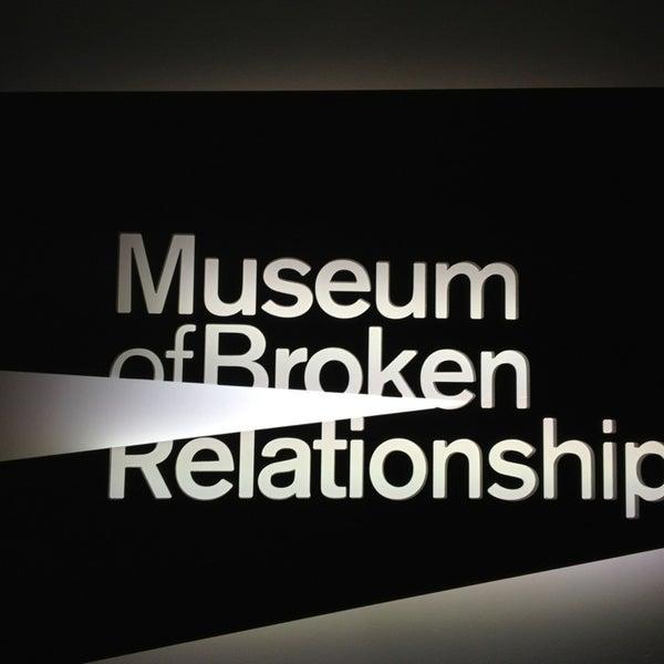 3/5/2013 tarihinde Marijana B.ziyaretçi tarafından Muzej prekinutih veza | Museum of Broken Relationships'de çekilen fotoğraf
