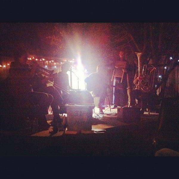Photo prise au Bacchanal Wine par Dillon M. le10/29/2012