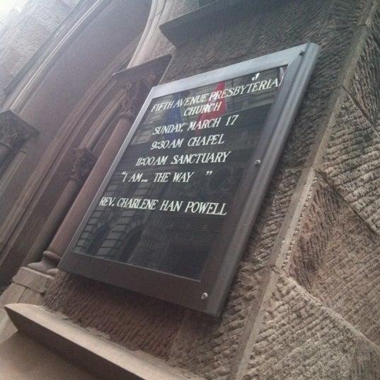 Foto diambil di Fifth Avenue Presbyterian Church oleh Dana H. pada 3/17/2013