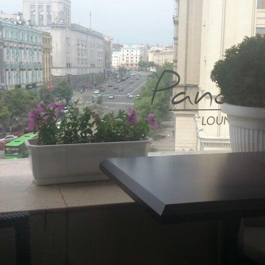5/25/2013 tarihinde Mariia K.ziyaretçi tarafından Panorama Lounge'de çekilen fotoğraf