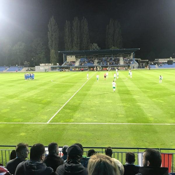Foto tirada no(a) Štadión FK Senica por Kacaba J. em 9/5/2017