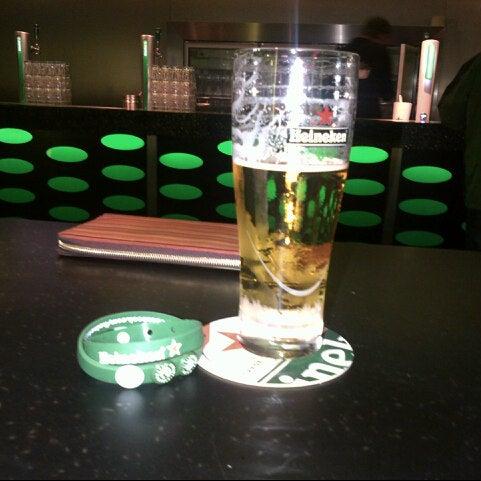 3/17/2013 tarihinde Viktoria S.ziyaretçi tarafından Heineken Experience'de çekilen fotoğraf