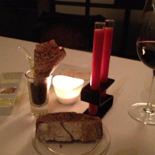 Foto diambil di Hotel Neri oleh Carlos H. pada 10/5/2012