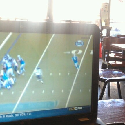 Foto tomada en Mars Cafe por Romelle S. el 10/28/2012