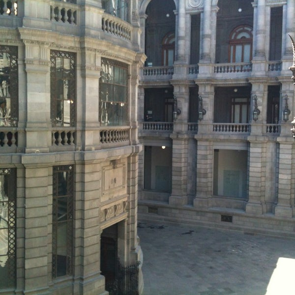 3/3/2013 tarihinde Ivan Amnuelziyaretçi tarafından Museo Nacional de Arte (MUNAL)'de çekilen fotoğraf