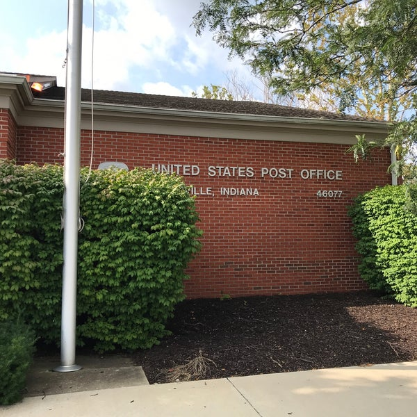 zionsville post office hours